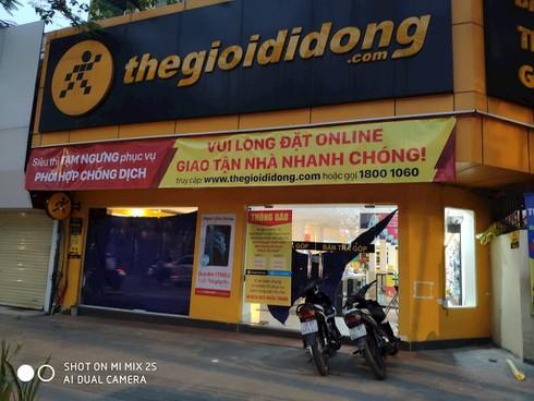 Các chuỗi bán lẻ công nghệ đồng loạt đóng cửa trước giờ G - ảnh 5