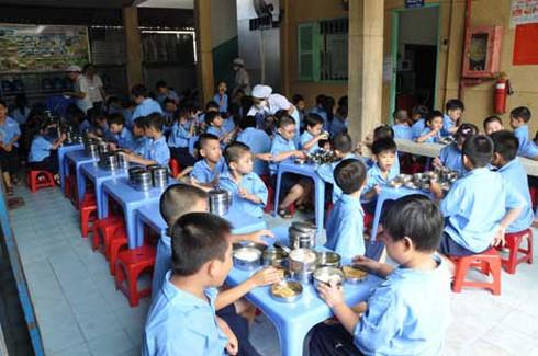 Tiểu học Nguyễn Khuyến: Cơ quan chức năng phối hợp điều tra dịch tễ - ảnh 1