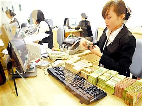 Nuông chiều ngân hàng yếu?