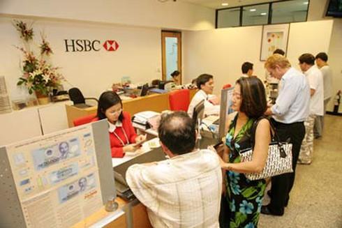 HSBC giới thiệu sản phẩm thẻ tín dụng Visa Bạch Kim