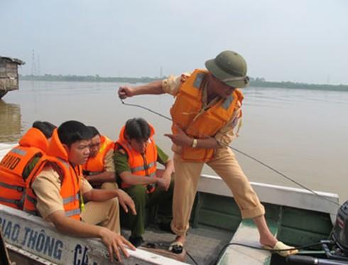 ĐBSCL: Xây dựng tuyến sông Tiền an toàn