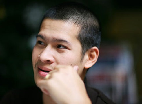 Quang Dũng nhường 'ghế nóng' cho Việt Tú