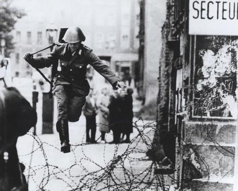 Những bí mật ít người biết về Bức tường Berlin - ảnh 4