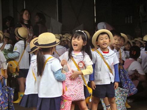 Nhật Bản: Số trẻ em sụt giảm năm thứ 32 liên tiếp - ảnh 1