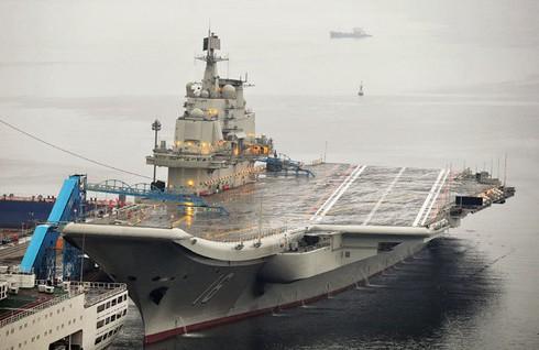 """Trung Quốc đóng """"siêu tàu sân bay"""" đọ sức hải quân Mỹ - ảnh 1"""