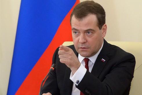 Medvedev: Nga có lãnh thổ lớn, có vũ khí hạt nhân và không sợ cô lập - ảnh 1