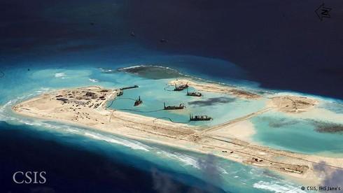 Trung Quốc trơ trẽn công khai hoạt động độc chiếm Biển Đông - ảnh 1