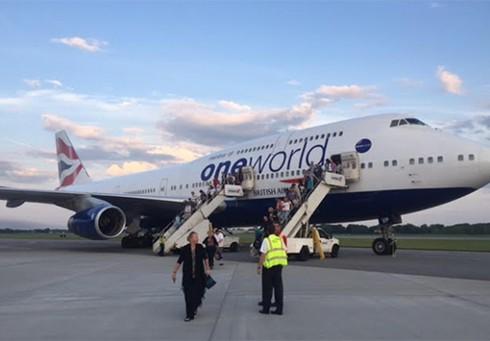 Tin thế giới 18h30: Nhen nhóm hy vọng tìm thấy chuyến bay mất tích MH370 - ảnh 6