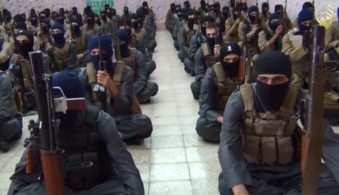 Giải cứu 70 con tin khỏi IS, đặc nhiệm Mỹ đầu tiên thiệt mạng - ảnh 1