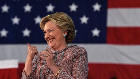 Tin cuối ngày: Ngày bầu cử tới gần, Hillary Clinton - Donald Trump đều gặp khó - ảnh 1