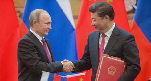 Nga – Mỹ sắp cho Trung Quốc