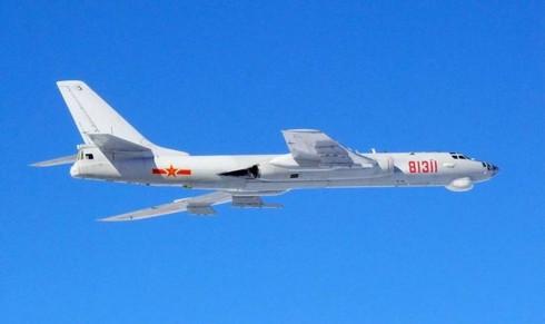 Chiến đấu cơ Trung Quốc đồng loạt xuất hiện trên không phận Nhật - Hàn - ảnh 1