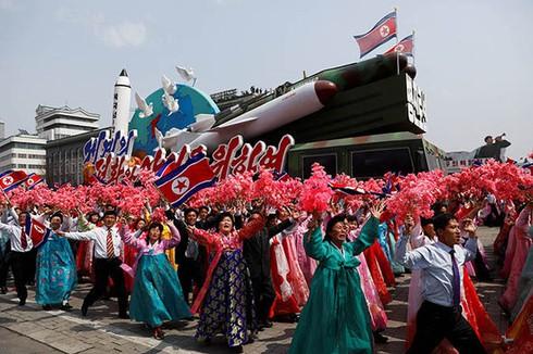 Triều Tiên bất ngờ kêu gọi chấm dứt đối đầu với Hàn Quốc - ảnh 1