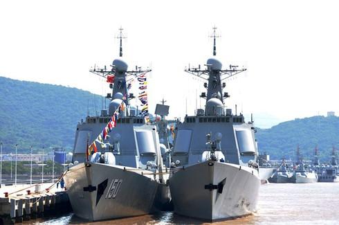 Loạt tàu chiến mới ra Biển Đông, TQ tính toán gì? - ảnh 1