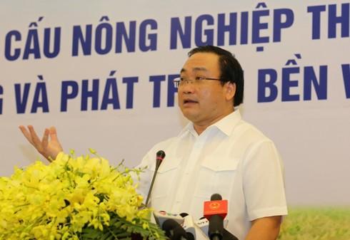 Phó Thủ tướng: Tái cơ cấu nông nghiệp tránh làm dàn trải, tập trung sản phẩm - ảnh 1