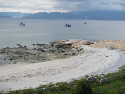 Cho nhận chìm gần 1 triệu m3 chất thải gần Hòn Cau: Lãnh đạo Bộ TNMT nói gì? - ảnh 1
