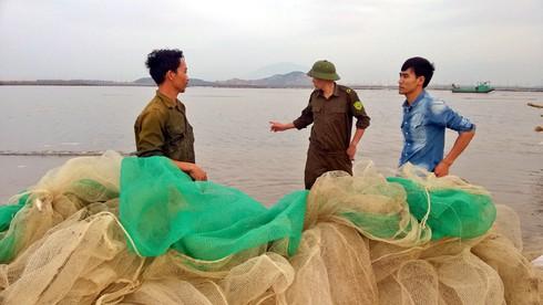Xót xa cảnh tận diệt nguồn lợi thuỷ sản tại Quảng Ninh - ảnh 5