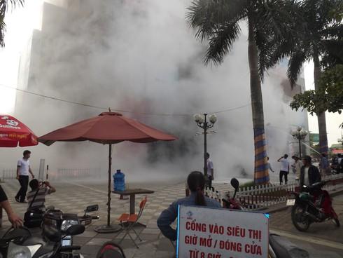 Cháy Trung tâm thương mại cao nhất Hà Tĩnh, nhiều người bị ngạt - ảnh 1