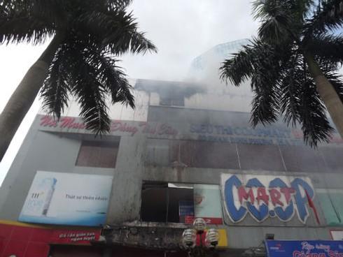 Cháy Trung tâm thương mại cao nhất Hà Tĩnh, nhiều người bị ngạt - ảnh 5