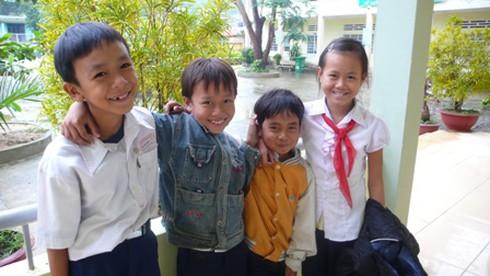 Không ngừng hỗ trợ cải thiện đời sống cho trẻ em nghèo Đà Nẵng - ảnh 2