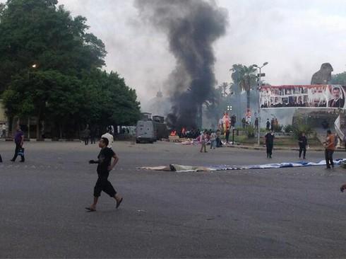 250 người chết khi cảnh sát trấn áp biểu tình ở Ai Cập? - ảnh 1