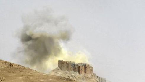 Cuộc đối đầu nực cười giữa hai phe của Mỹ tại Syria - ảnh 2