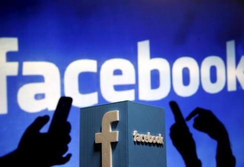 Vì sao nói Facebook là hiểm họa đối với báo chí? - ảnh 1