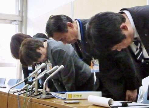 Ngày khai giảng là ngày giỗ: Nạn bắt nạt ở trường học Nhật Bản quá bất thường? - ảnh 2