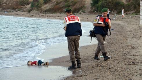 Khủng hoảng tị nạn châu Âu: Khi các nạn nhân còn quá nhỏ - ảnh 1