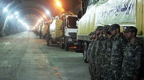 Hình ảnh cực hiếm trong căn cứ tên lửa ngầm của Iran - ảnh 2