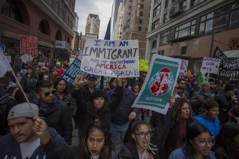 Trump trục xuất người nhập cư khác gì với Obama? - ảnh 2