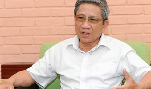 GS Nguyễn Minh Thuyết: Kỷ luật sinh viên mang giáo trình photo là thiếu căn cứ - ảnh 2