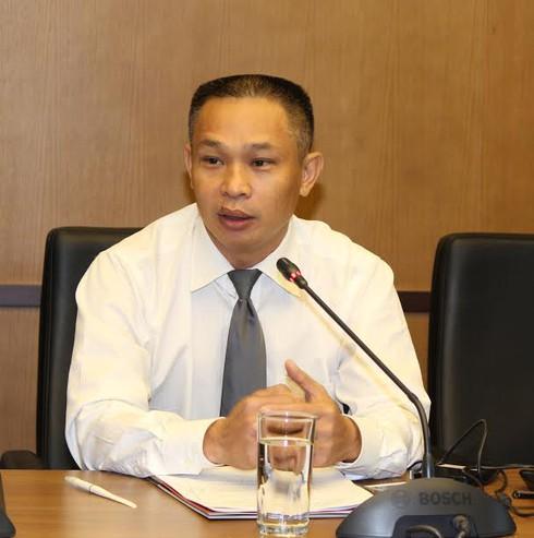GS Nguyễn Minh Thuyết: Kỷ luật sinh viên mang giáo trình photo là thiếu căn cứ - ảnh 3
