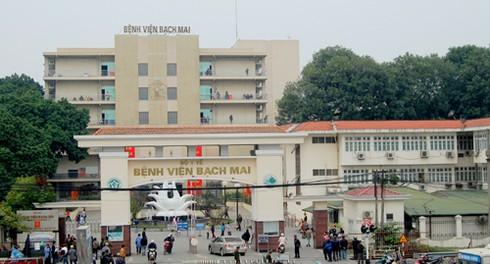 Giám đốc BV Bạch Mai lên tiếng về vấn nạn bác sĩ bị bạo hành - ảnh 1