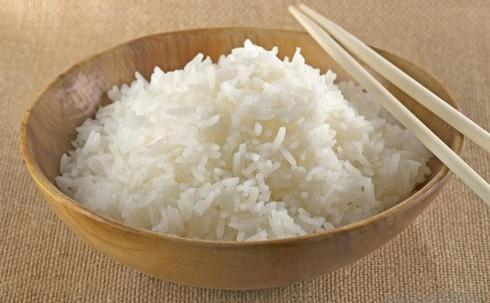 Hàn Quốc mang gạo
