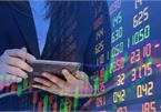 """Chứng khoán giảm mạnh, nhiều đại gia mạnh tay chi tiền """"cứu"""" giá cổ phiếu"""