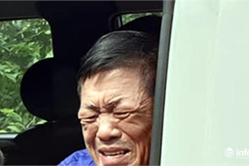 """Xử vụ bảo kê chợ Long Biên: Hưng """"kính"""" bật khóc trên xe thùng về trại tạm giam"""