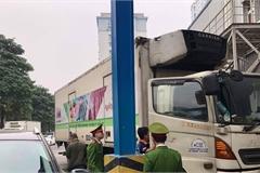 Phát hiện hàng tấn thực phẩm nhập lậu tại Siêu thị MM Mega Market