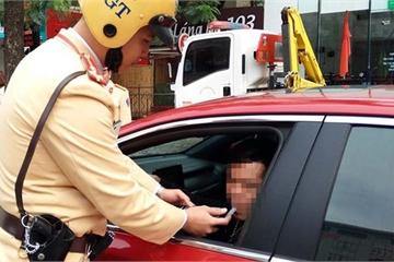 Nộp phạt vi phạm giao thông và lệ phí trước bạ qua Cổng dịch vụ công Quốc gia