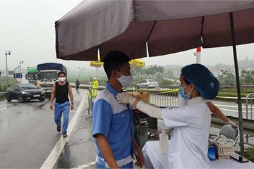 Kiểm tra hơn 7.000 phương tiện ra vào Hà Nội: Nhân dân đồng lòng ủng hộ