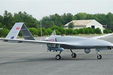 """Thổ Nhĩ Kỳ sử dụng UAV để chỉ huy dòng người di dân """"an toàn"""" vào Hy Lạp"""