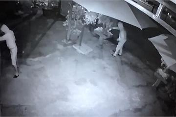 Thanh Hóa: Điều tra nguyên nhân một gia đình bị kẻ gian phóng hỏa trong đêm