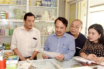 """Quản lý hành nghề y, dược không phép ở Nghệ An: Liệu có 'trên nóng, dưới lạnh""""?"""