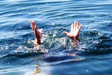 Nghệ An: Nắng nóng xuống sông Hiếu tắm, một học sinh bị dòng nước cuốn trôi