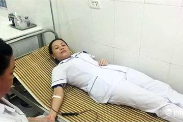 3 điều dưỡng viên hiến máu, cứu sản phụ qua cơn nguy kịch