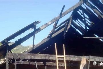 Vợ chồng đi làm ăn xa, căn nhà ở quê bất ngờ bùng cháy dữ dội