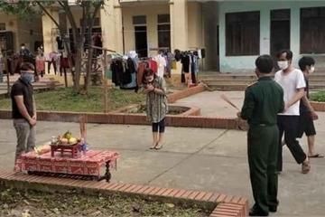 Từ Lào về Nghệ An, con trai nghẹn lòng chịu tang bố đẻ trong khu cách ly