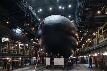 """Nga bắt đầu thử nghiệm tàu ngầm """"siêu khủng"""" thuộc lớp Varshavyanka"""