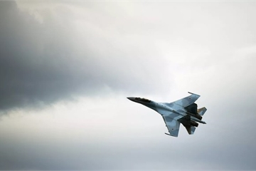 """Mỹ tiếp tục """"dọa"""" Indonesia về việc mua tiêm kích Su-35 của Nga"""
