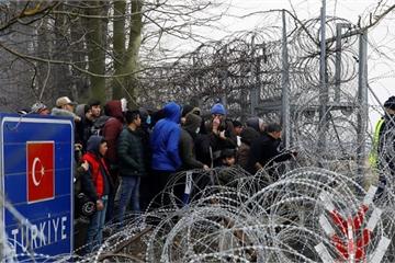 Liên minh châu Âu quyết 'chơi lớn' với những người di cư